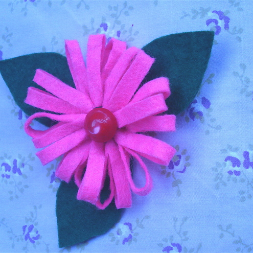 Felt_Flower_Brooch2
