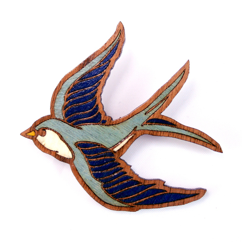 Swallow_brooch_front